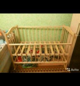 Детская кроватка, пеленальная доска