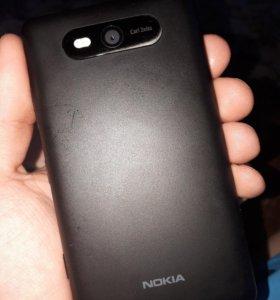 Смартфон Nokia 820
