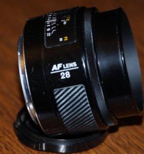 Minolta AF lens 28mm F2.8