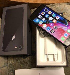 IPhone 8 чёрный новый 64гб куплен 6 февраля