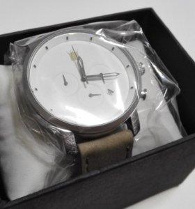 Наручные часы chrono white