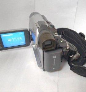 Видеокамера Sony DCR-HC19E