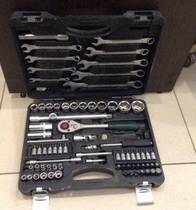 Набор ключей и головок FORCE