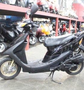 Скутер Honda Dio AF35 ZX