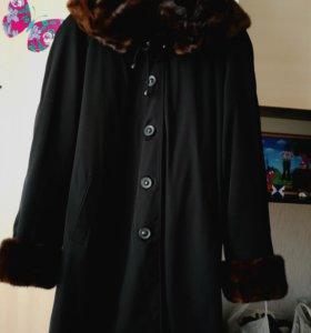 Зимние пальто с натуральной  норкой.