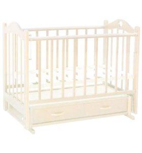 Детская кроватка с маяником