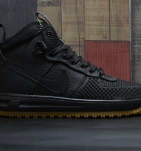 Nike force 1 duckboot