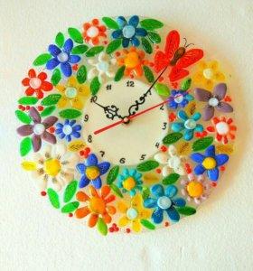 Часы настенные из стекла в технике фьюзинг