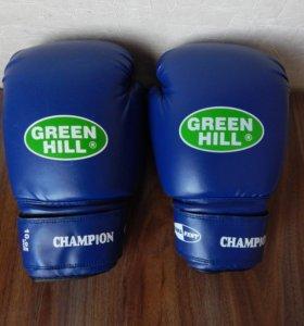 "Перчатки боксерские Green Hill ""Champion""."