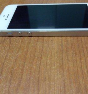 Продам iphone 5s. В хорошем состоянии.