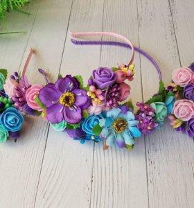 Ободок для волос из цветов, резинки, заколки