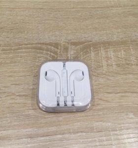 Наушники для apple iPhone ( новые)