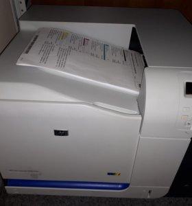 Цветной лазерный принтер HP Color Lj CP3525dn