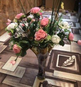 Композиция цветочная в вазе