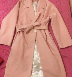 Срочно продаю Новое Пальто
