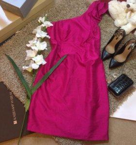 Платье р.46-48 M&S