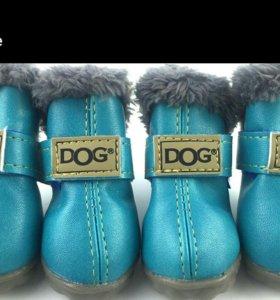 Зимние сапожки для собаки