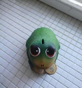 Копилка лягушка