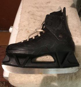 Коньки размер 24,5 хоккейные