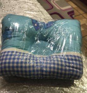 Подушка анатомическая для новорождённых