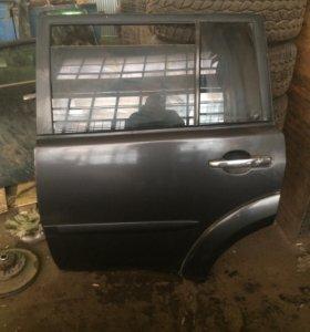 Задние двери на Mitsubishi Pajero Sport 2