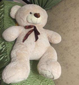Большой плюшевый медвежонок Tedi.1.70