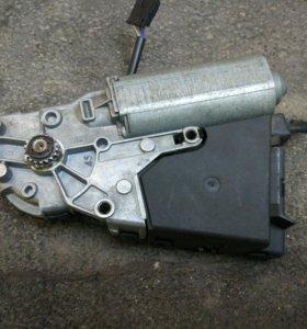 Мотор привода люка Ауди А8, А6, A4.
