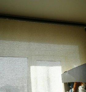 Штора комнатная-ручной вязки
