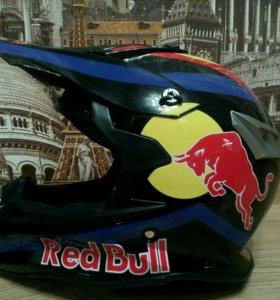 Кроссовый мотошлем Red Bull