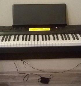Цифровое пианино с подставкой