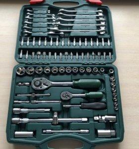 Авто-инструмент в чемодане (78 -150 предм.)