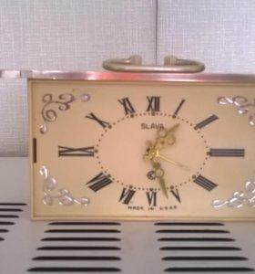 """Красивые старинные настольные часы """"Slava"""""""