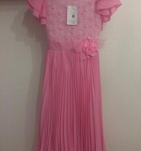 Платье вечернее нарядное новое для девочки 7-8 л
