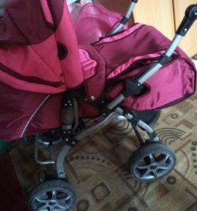 Продам детскую коляску для девочек
