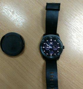 LG G Watch R w110 умные часы