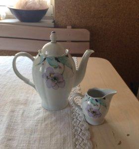 Чайник с молочником