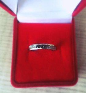 Золотое кольцо (белое золото)
