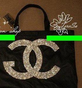Сумка черная Chanel с блестками
