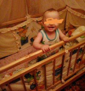 Детская кроватка+бортики+матрас с клеенкой+балдахи