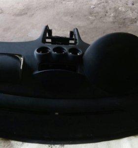 Продам панель(торпеда) Пежо 304/408