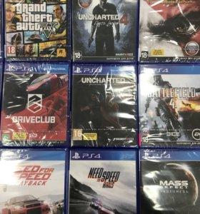 Игровые диски для Playstation 4.