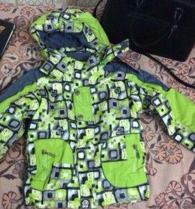Продаю Новый детский демисезонный костюм