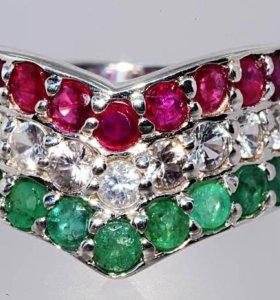 Кольцо с природными изумрудами, рубинами, топазами