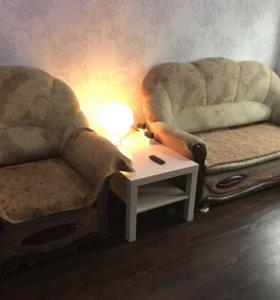 Диван-кровать и 2 кресло-кровати б/у