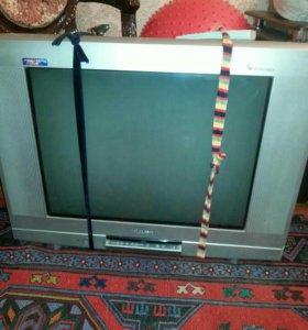 телевизор с встроееным двд