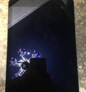 Планшет Apple iPad Air Wi-Fi 32 Gb серебристый