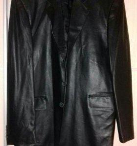 Мужская Кожаная куртка пиджак.