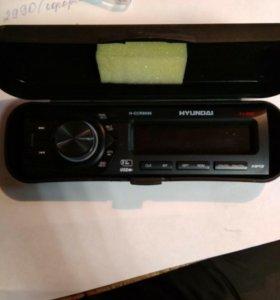 Панелька Hyundai h-ccr8096