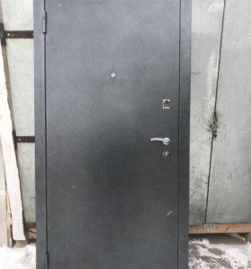 Дверь входная 96 левая