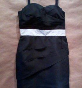 Платье 42-44 раз.